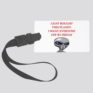 alien invasion Luggage Tag