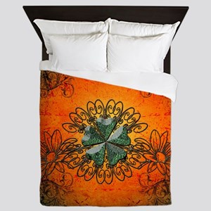 Cloverleaf made of diamond Queen Duvet