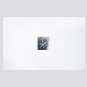 Snowflake Winter Beauty 4' x 6' Rug