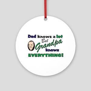Grandpa Knows Everything Keepsake (Round)