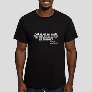 Sitting Bull: Peace Men's Fitted T-Shirt (dark)