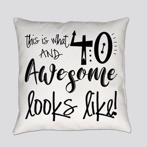 Awesome 40 Years Old Everyday Pillow