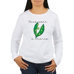 Give peas (peace) a chance T-Shirt