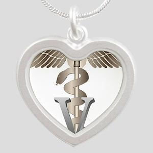 vet11_d Necklaces