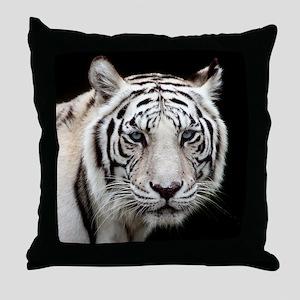 tiger1 Throw Pillow