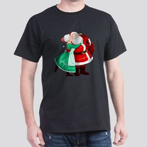 Mrs Claus Kisses Santa On Cheek And Hugs T-Shirt