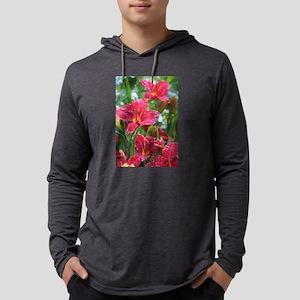 Christmas Red Daylilies Long Sleeve T-Shirt