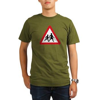 Children Crossing, UK Organic Men's T-Shirt (dark)