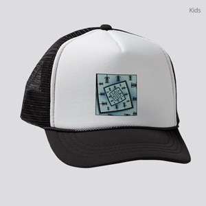 Spinning Disc Golf Baskets Kids Trucker hat