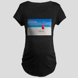 daiquiri paradise beach Maternity T-Shirt