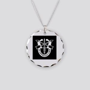 US Army Special Forces SF Gr Necklace Circle Charm