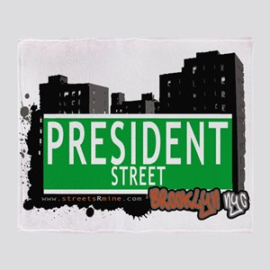 PRESIDENT STREET, BROOKLYN, NYC Throw Blanket