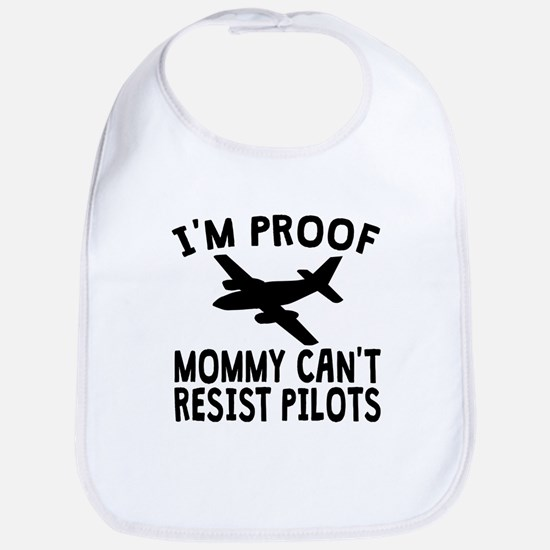 Im Proof Mommy Cant Resist Pilots Bib