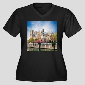 Notre Dame C Women's Plus Size V-Neck Dark T-Shirt