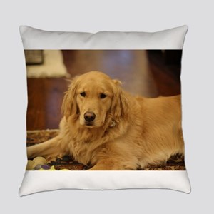 Nala the golden inside Everyday Pillow