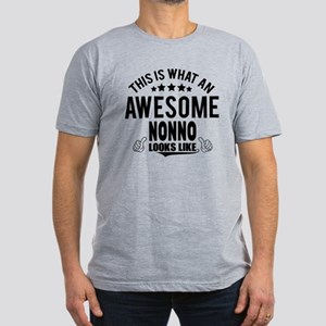 THIS IS WHAT AN AWESOME NONNO LOOKS LIKE T-Shirt