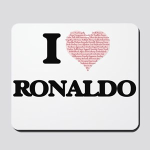 I Love Ronaldo (Heart Made from Love wor Mousepad