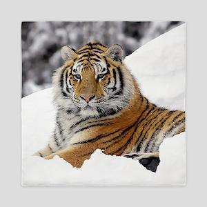 Tiger In Snow Queen Duvet