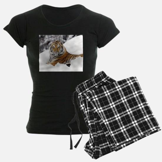 Tiger In Snow pajamas