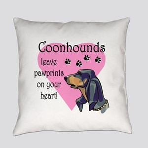 coonhounds pawprints dark Everyday Pillow