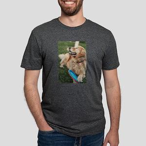 Nala the golden retriever playing on lawn T-Shirt