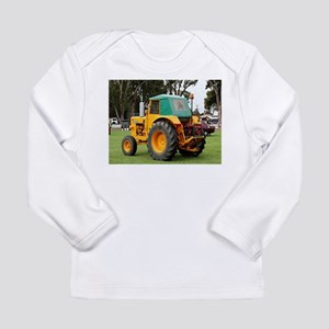 Yellow & green old tractor Long Sleeve T-Shirt