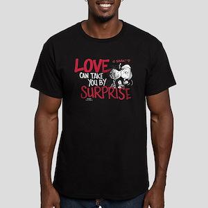 Peanuts - Surprise Lov Men's Fitted T-Shirt (dark)