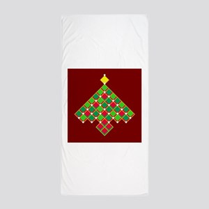 xmas quilt treesave gold red Beach Towel