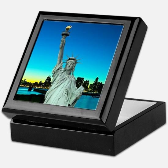 Statue of Liberty Keepsake Box