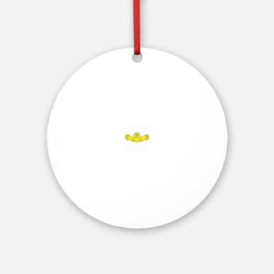 Claddagh Round Ornament
