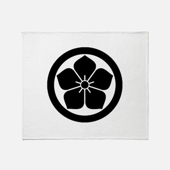 Balloonflower in circle Throw Blanket