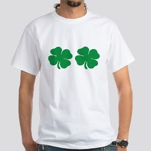 shamrock boobs Men's Classic T-Shirts