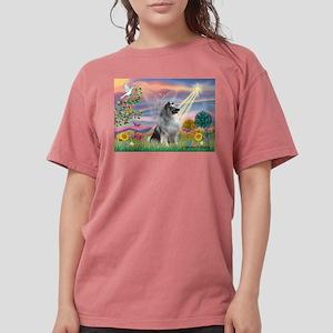 Cloud Angel / Keeshond Womens Comfort Colors Shirt