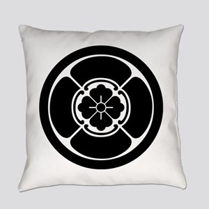 Square mokko in circle Everyday Pillow