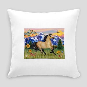 Mountain Country Buckskin Hor Everyday Pillow