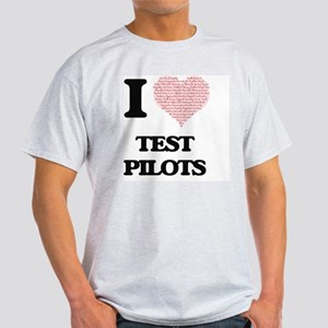 I love Test Pilots (Heart made from words) T-Shirt