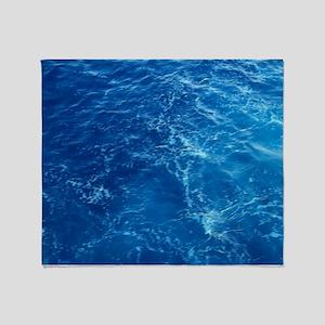 PACIFIC OCEAN Throw Blanket