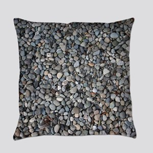 PEBBLE BEACH Everyday Pillow