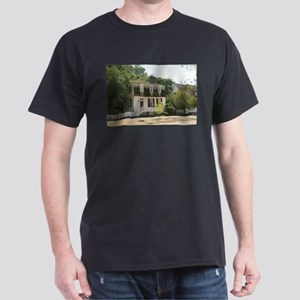 Historic Colonial Style Home Virginia T-Shirt