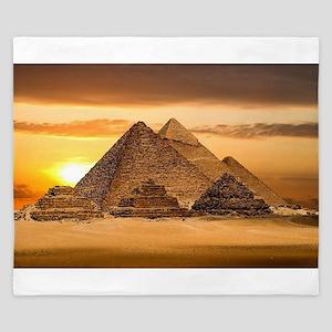 Egyptian pyramids King Duvet