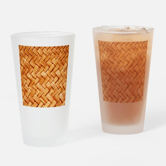 WOVEN STRAW Drinking Glass