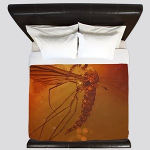 MOSQUITO IN AMBER King Duvet