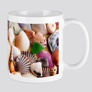 COLORFUL SEA SHELLS Mug