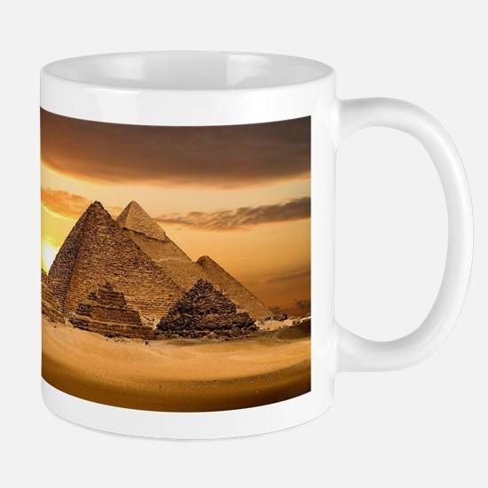 Egyptian pyramids Mugs