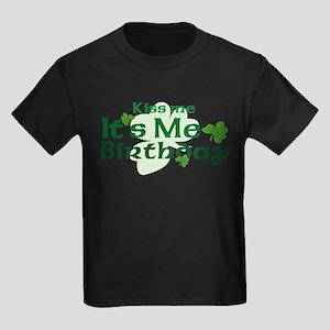 Kiss Me Irish Birthday Kids Dark T-Shirt