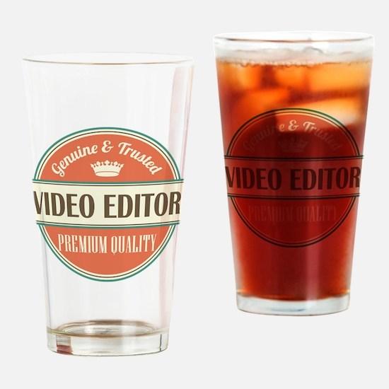 video editor vintage logo Drinking Glass