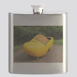 Giant yellow clog, Holland Flask