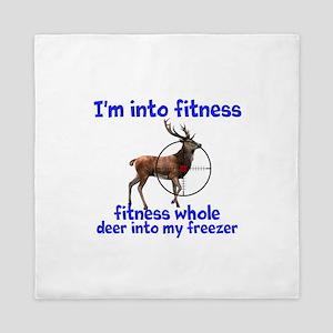 Hunting: fitness humor Queen Duvet