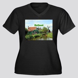 Holland: Dutch windmill village Plus Size T-Shirt