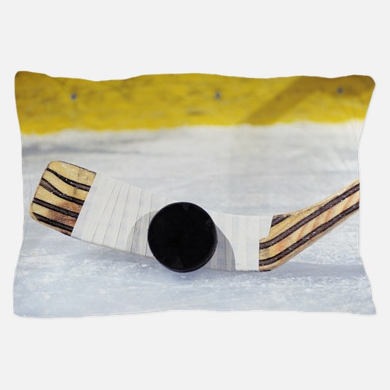 Cute Ice hockey player Pillow Case